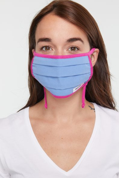 Pleated mask with drawsting adjustment