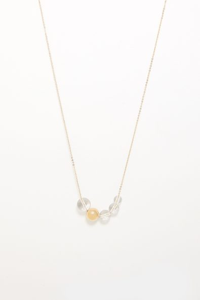 Short necklace with clear bead