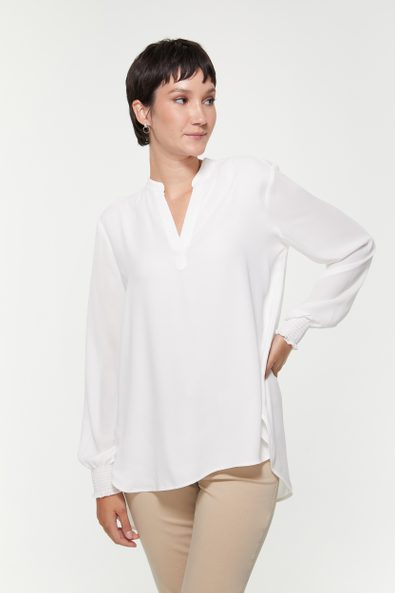Fluid blouse with ruching detail