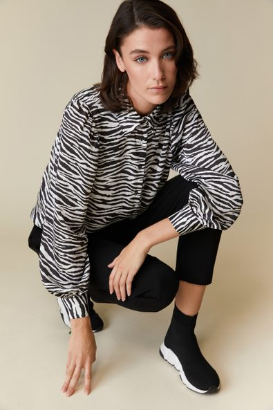 Zebra print blouse with puffy
