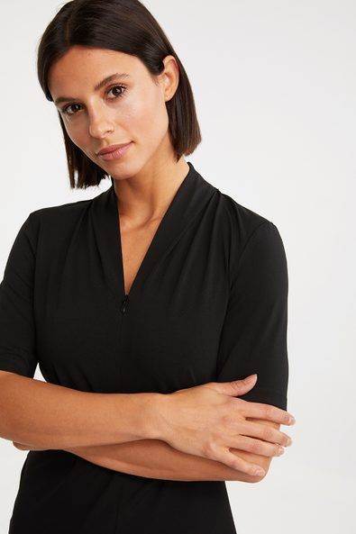 T-shirt with draped collar