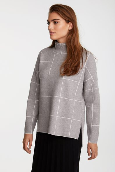 Plaid sweater with side slit