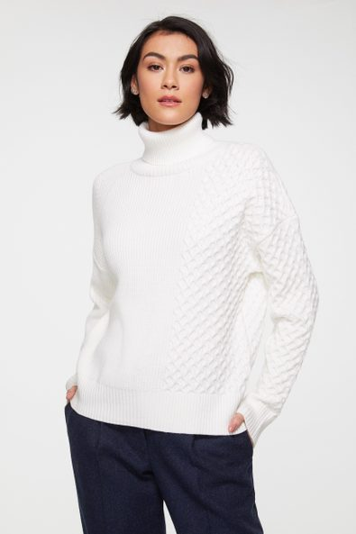 Multi cables sweater