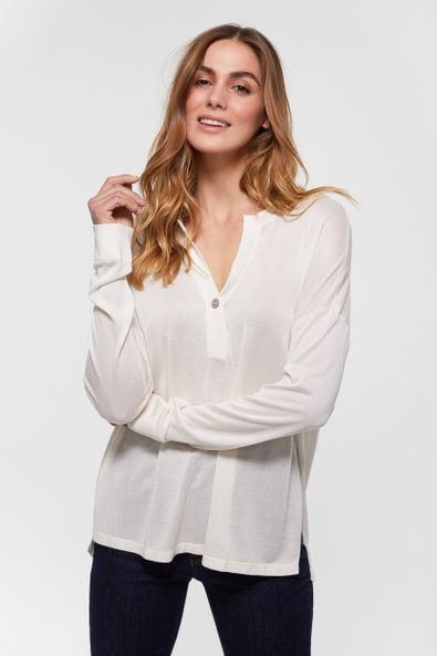 Oversized sweater with front placket