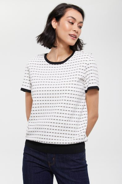 Short sleeve sweater with contrast detail