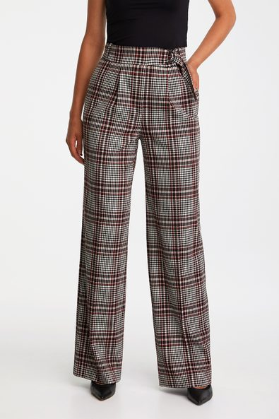 Wide leg pant with belt