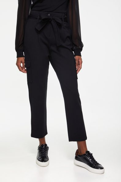 High waist pant with cargo pocket
