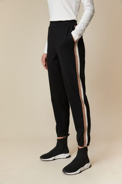 Casual pant with contrast side