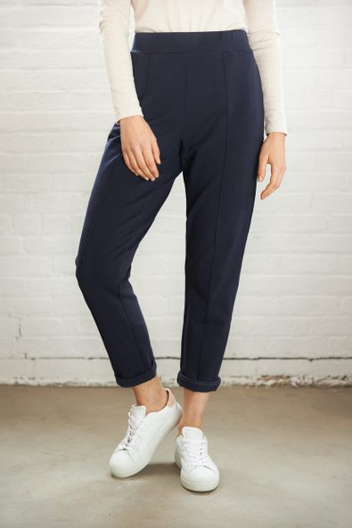 Casual pant with elastic waist