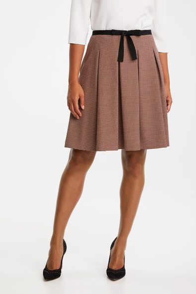 Jacquard pleated skirt with ribbon