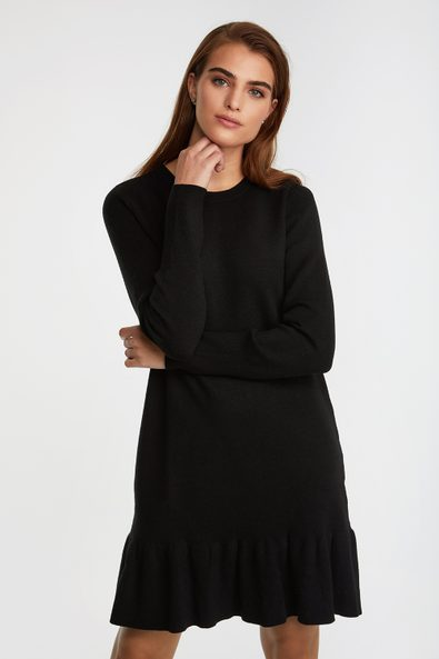 A line knit dress with bottom frill