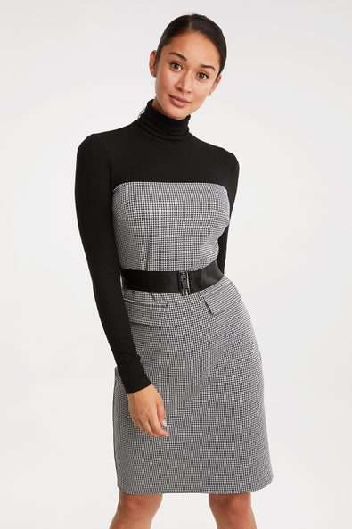 Houndstooth dress with belt