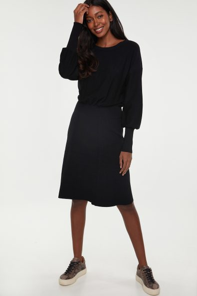 Crew neck knitted dress