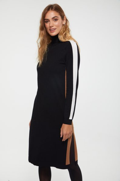 Knitted dress with contrast detail