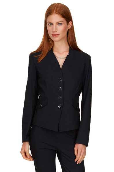 Jacket with notched collar
