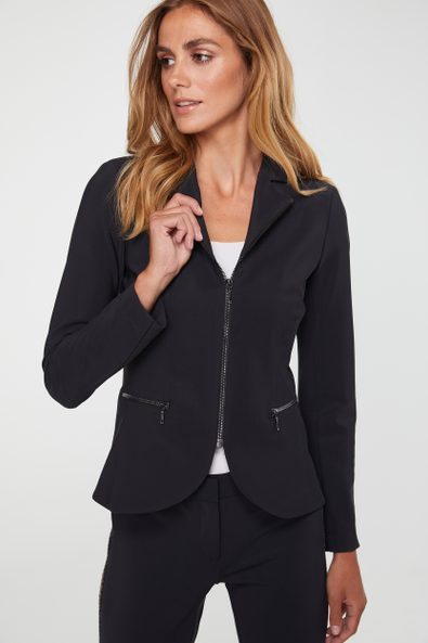 Fitted jacket with zipper