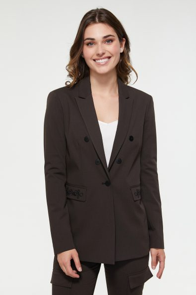 Basic blazer with embroidered flap