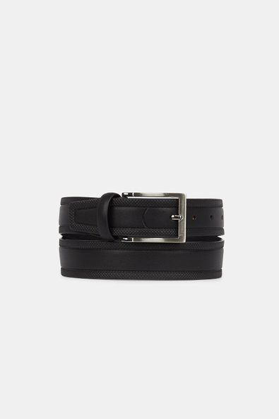 Leather belt with textured edg