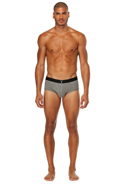 Solid colour brief