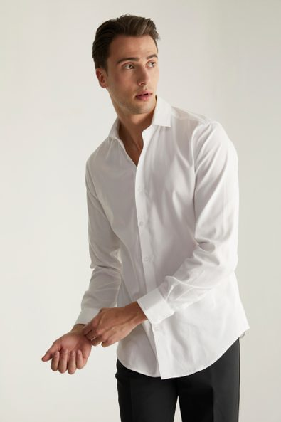 Extra-fitted non-iron textured