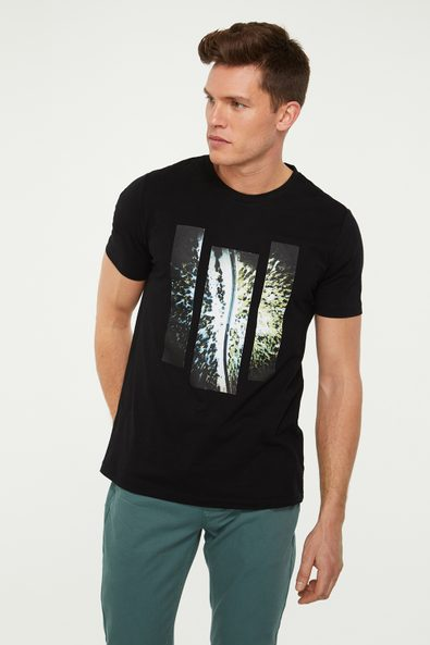 Forest road printed t-shirt