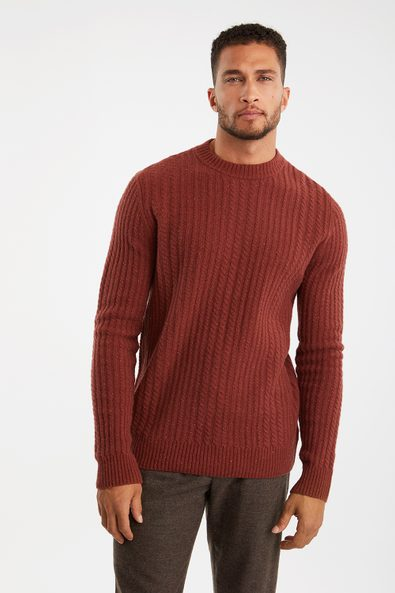 Cables crew neck sweater