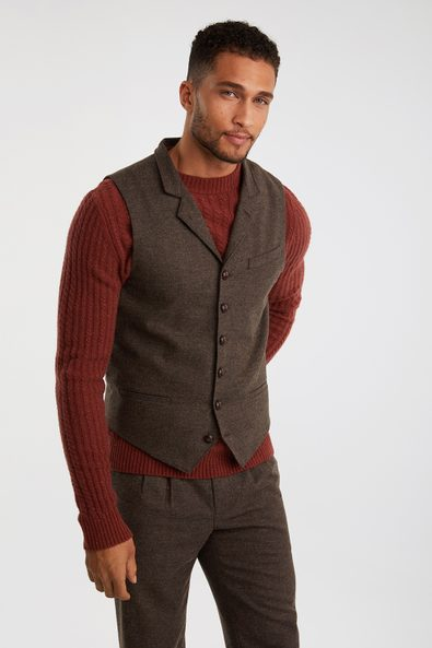Fitted vest with lapel