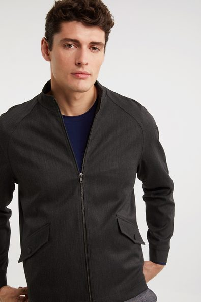 Raglan sleeve jacket with zip